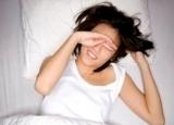 上班族预防干眼症该怎么做 早起时按揉下眼睛