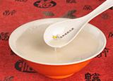 豆浆的神奇功效 早上一碗豆浆预防疾病让你更健康